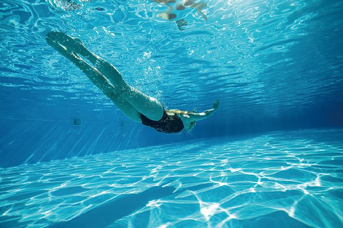 夏,健康,美容,水泳,運動不足,リラックス,むくみ解消