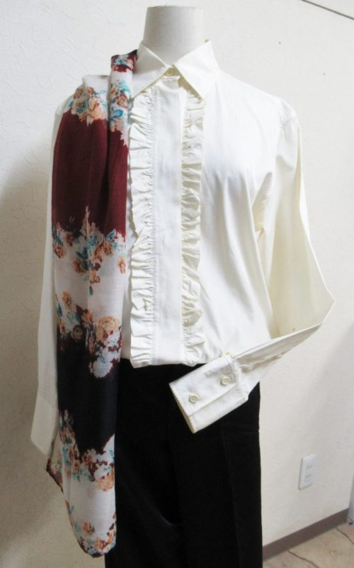 スキコミ,ファッション,白シャツ,SKIP