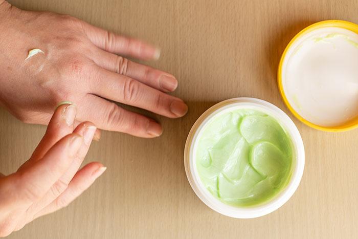 コロナ,対策,手荒れ,手洗い,コラム,ハンドミルク,クリーム,被膜,保湿