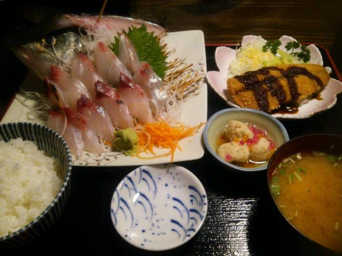 福岡市,鮮魚市場,会館,長浜,シマアジ,魚
