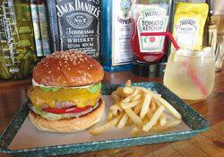 牛肉100%のハンバーガーとサンドイッチのお店 THE BASKET